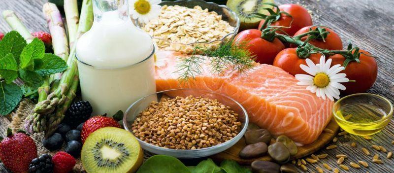 Conoce 5 alimentos esenciales en la dieta diaria que te harán sentir mejor