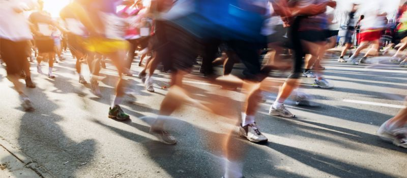 Correr en grupo proporciona beneficios muy positivos para los deportistas