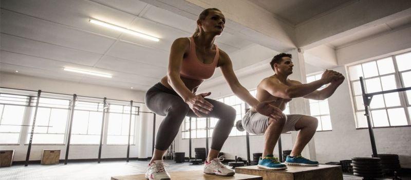 Conoce tanto los pros como los contras de realizar ejercicios funcionales